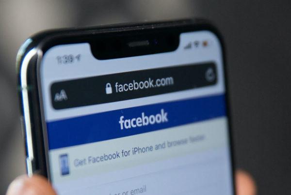 facebook login screen on mobile